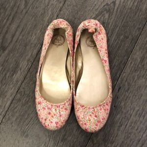 Gap floral canvas flats for woman's